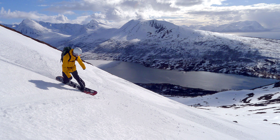 splitboarding above the sea in lyngen norway